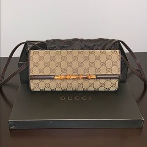 Gucci bamboo clutch mini purse
